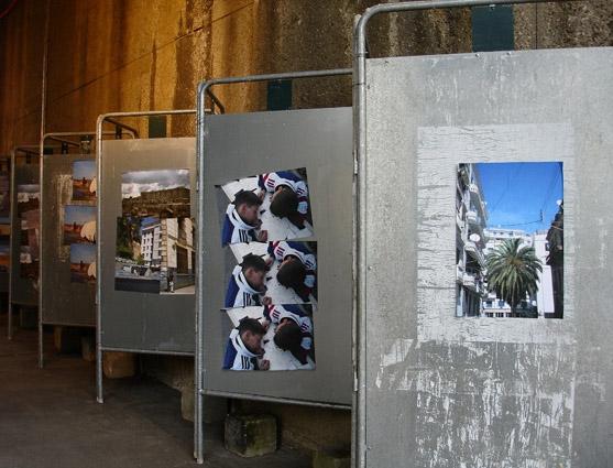 Vue de l'installation Gateway, Joinville le Pont, 2006. Commande du Conseil Général du Val de Marne pour le festival de l'Oh.